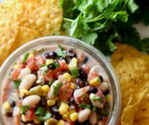 Healthy Texas Caviar 텍사스 캐비어(옥수수와 검은눈 콩으로 만든 소스)