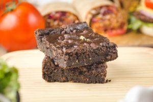 Protein Packed Black Bean Brownies (PRO, FBR, Vita, CLCM) 검은 콩 브라우니 단백질 한가득 검은 콩 브라우니 (고단백, 식이섬유, 비타민, 항암요소 함유)